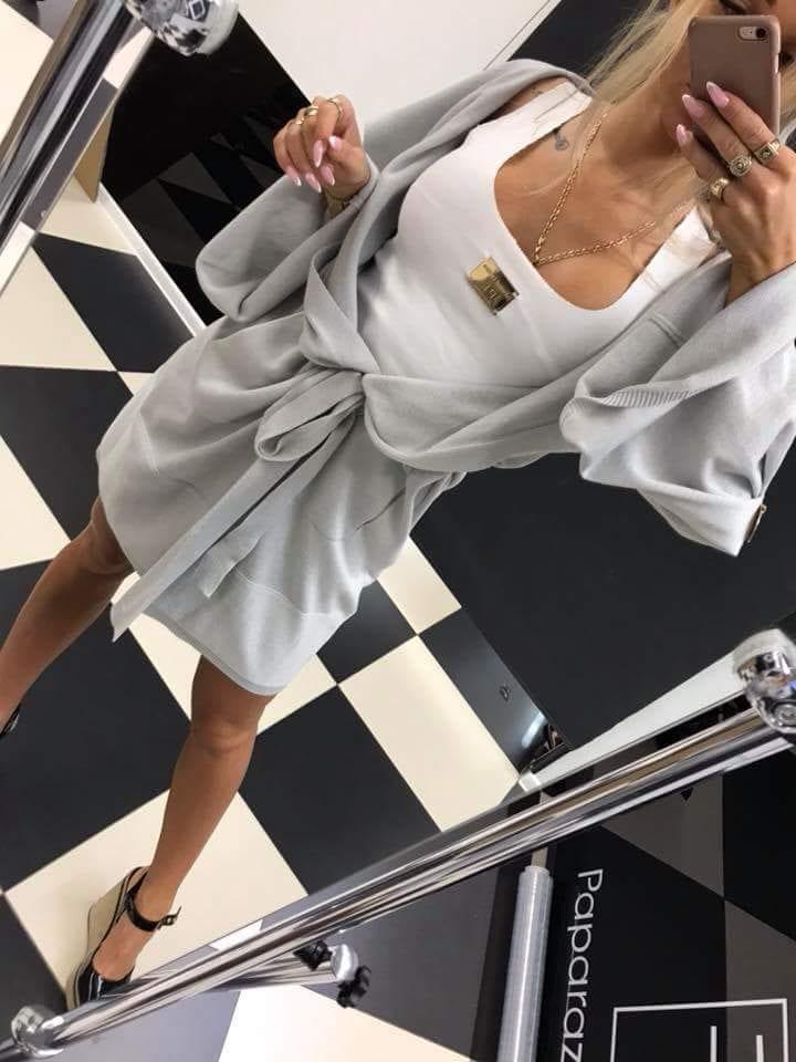 03761635a4b7 Sivy kardigan s opaskom Paparazzi fashion.