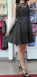 Čierne šaty s krajkou a satenovou sukňou. empty 8fda9a47b12